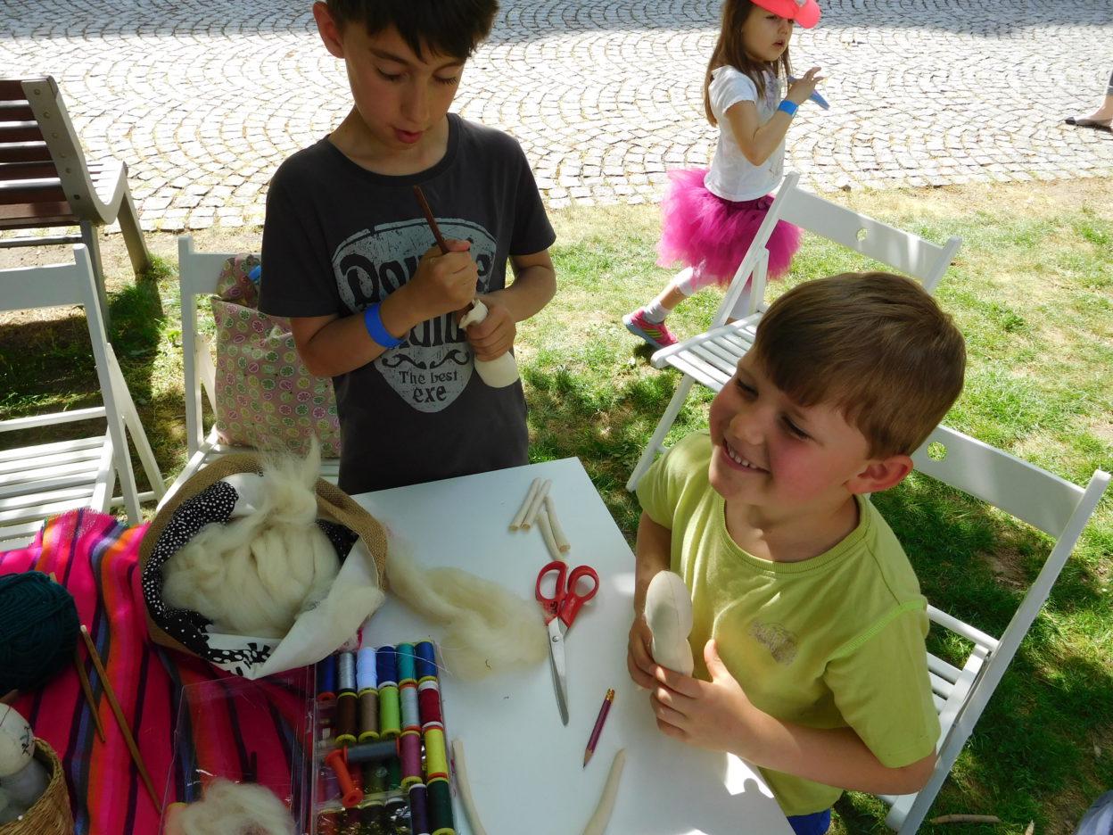 VIVIÁNA NA LIÁNĚ otevírá nedělní kurz PANENKOVÁNÍ ve vile