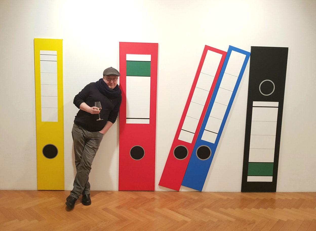 AU! Komentovaná prohlídka výstavy Venduly Chalánkové skurátorem Radkem Wohlmuthem