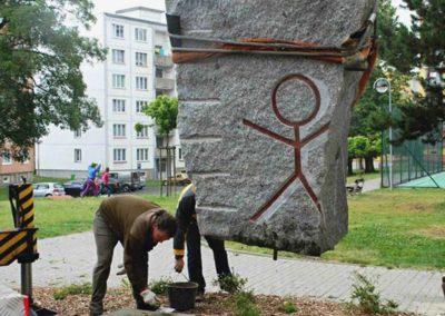 postl petroglyfy