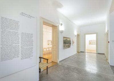 © Galerie Villa Pellé 2019, foto: Eva Malúšová : instalace výstavy Alžběta Skálová, Chůze v šeru14
