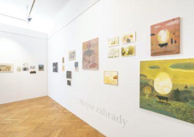 © Galerie Villa Pellé 2019, foto: Eva Malúšová : instalace výstavy Alžběta Skálová, Chůze v šeru27