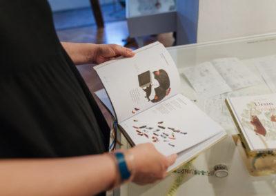 © Galerie Villa Pellé 2019, foto: Eva Malúšová : vernisáž výstavy Alžběta Skálová, Chůze v šeru78