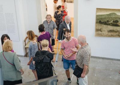 © Galerie Villa Pellé 2019, foto: Eva Malúšová : vernisáž výstavy Alžběta Skálová, Chůze v šeru89