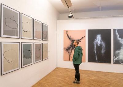 Azajtókzáródnak VERNISÁŽ - © Galerie Villa Pellé 2019, foto Tomáš Rubín - 8